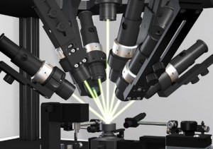 Motorized collimating lenses can be moved under PC control